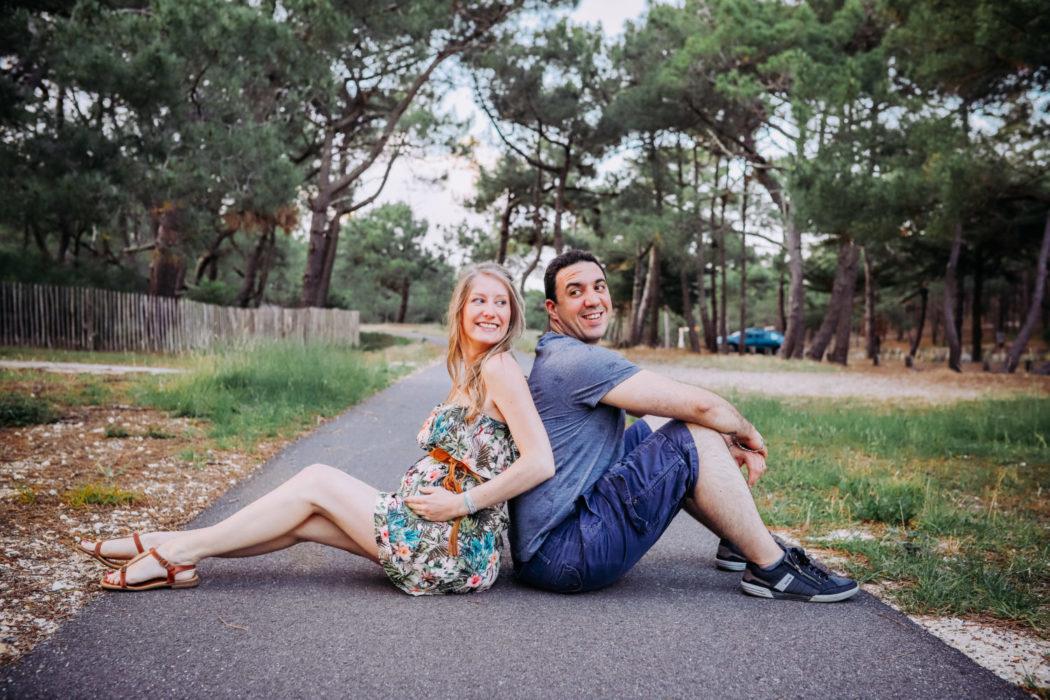 Photo de couple pour grossesse bord de mer